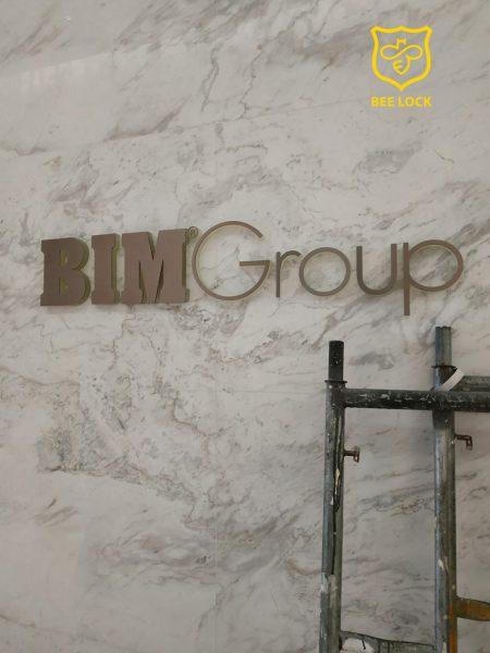 Dự án thi công khóa vân tay cho văn phòng tập đoàn BIM Group